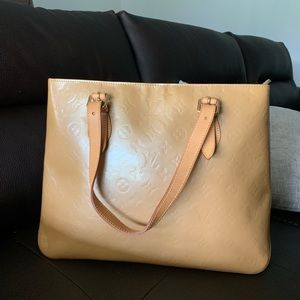 a12d85a4f141 Louis Vuitton. Louis Vuitton Vern is Brentwood tote bag